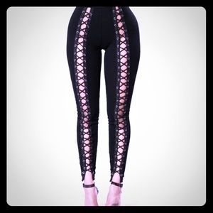 Laced-Up Leggings!